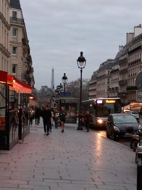 Paris waking